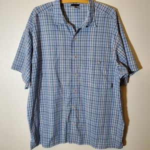 Patagonia blue plaid short sleeve button up shirt